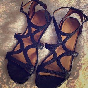 Kenneth Cole gentle souls Sandals size 10 black